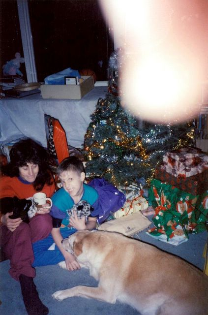 Rozz, JJ, Whylie, & my thumb, Christmas 1996